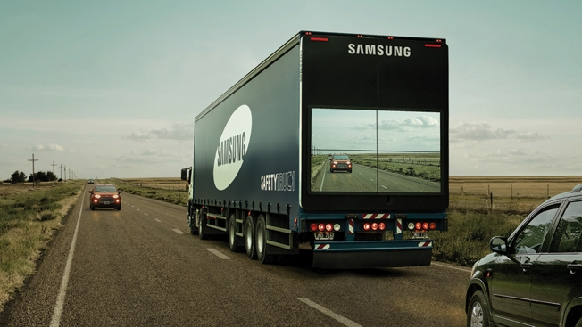 cannes-samsung-truck-hed-2016