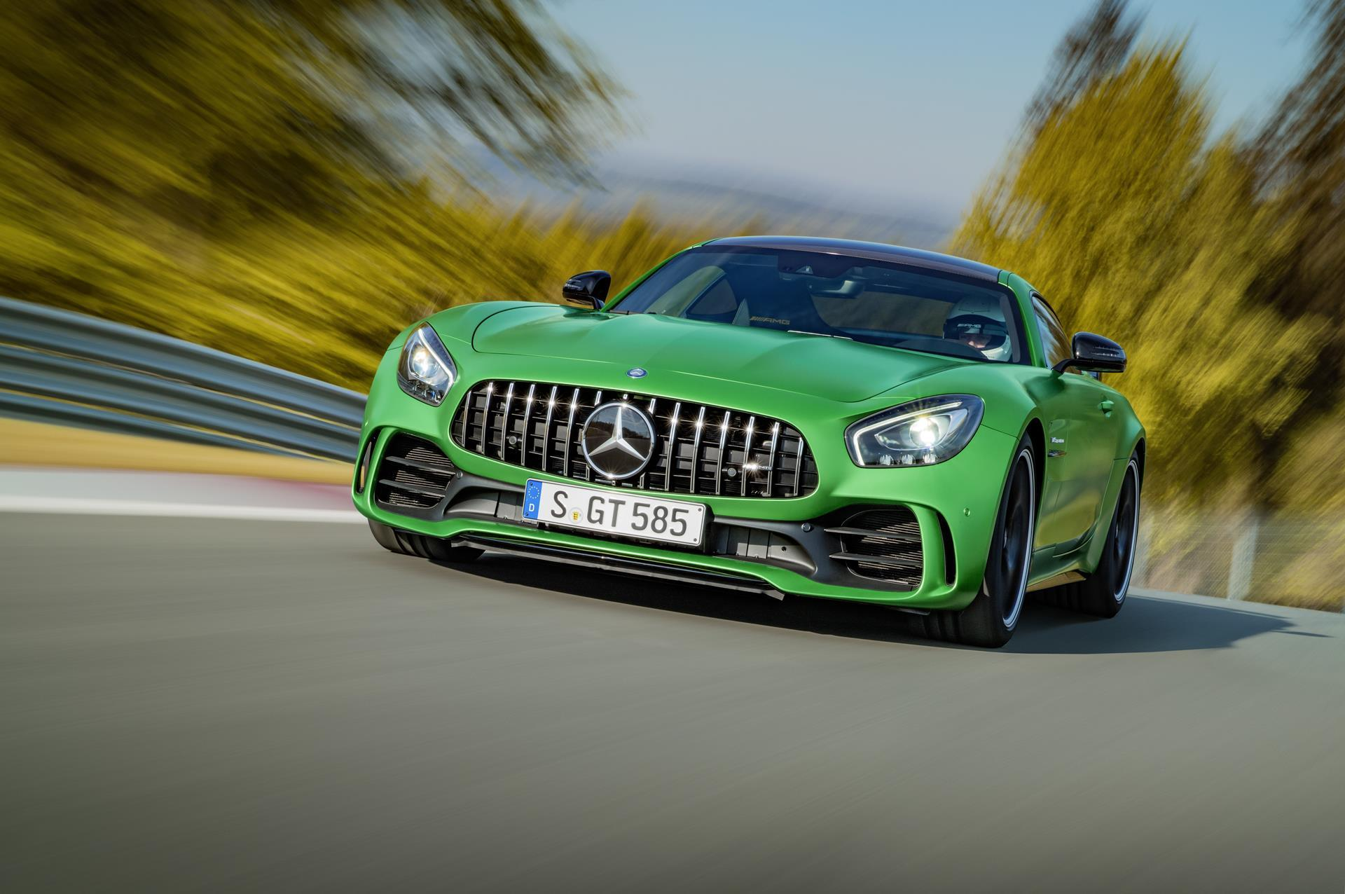 mercedes-amg_gt_r_coupe
