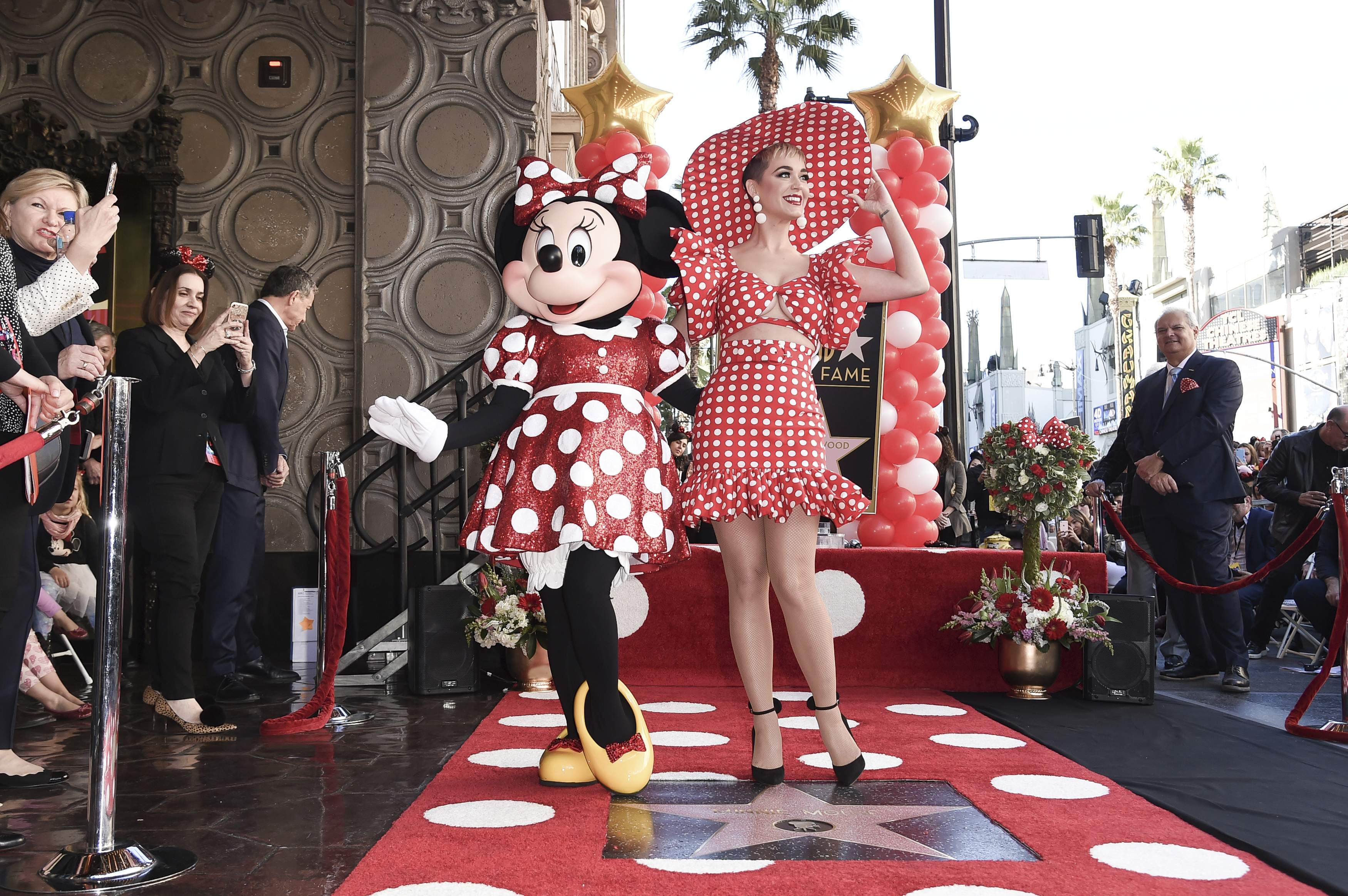 Minnie_Mouse_Honored