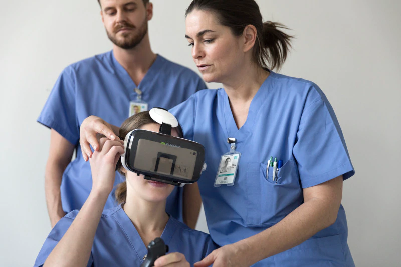 nurses-vr-training-healthcare-original