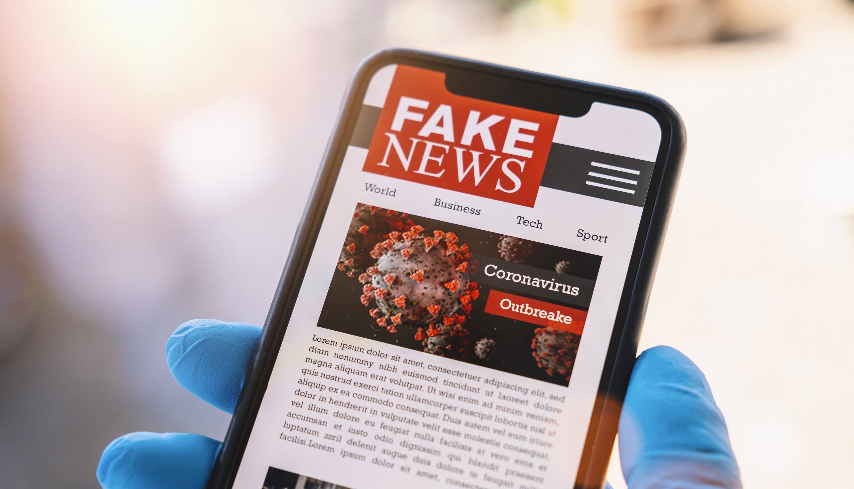 Online,Corona,Fake,News,On,A,Mobile,Phone.,Close,Up,
